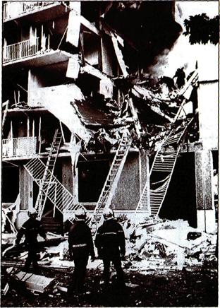 « L'immeuble vient d'exploser!Venez vite, vite…». A 6 h 02, jeudi 4 octobre, les sapeurs-pompiers qui viennent de recevoir l'appel, se doutent qu'une tragédie se joue dans le quartier du […]